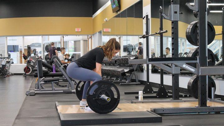 Apprendre à soulever: le guide du débutant sur la musculation